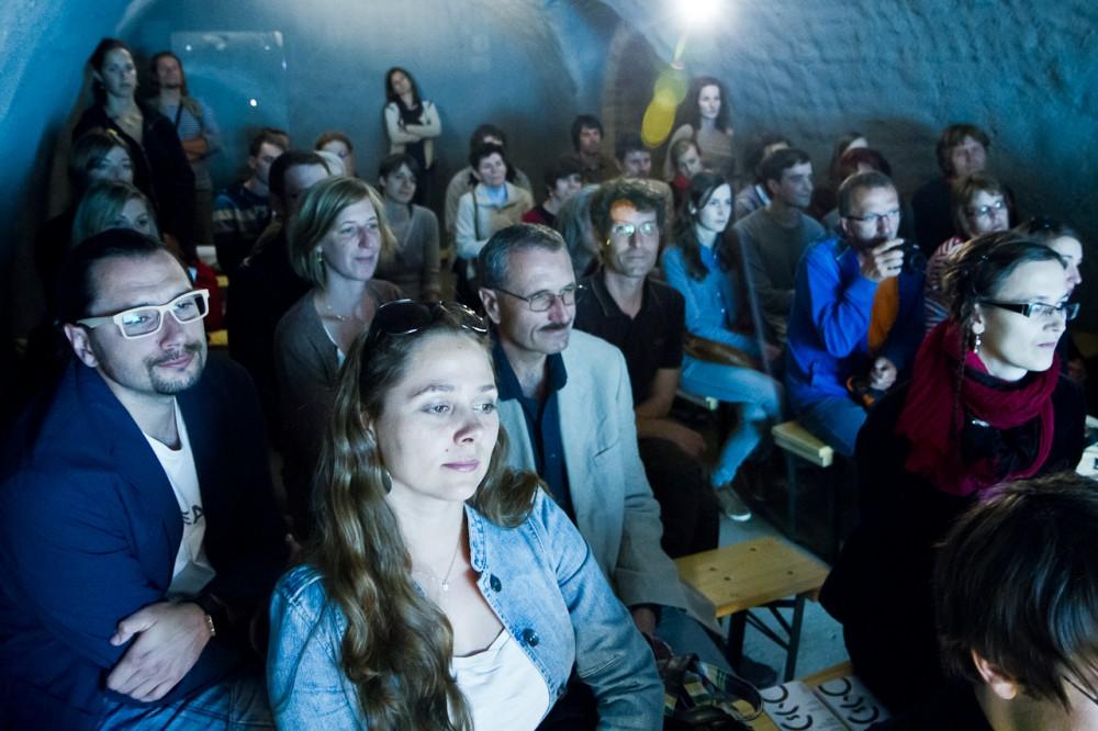 Poezie v podzemí II - francouzská podoba Kafkovy Proměny v Labyrintu pod Zelným trhem